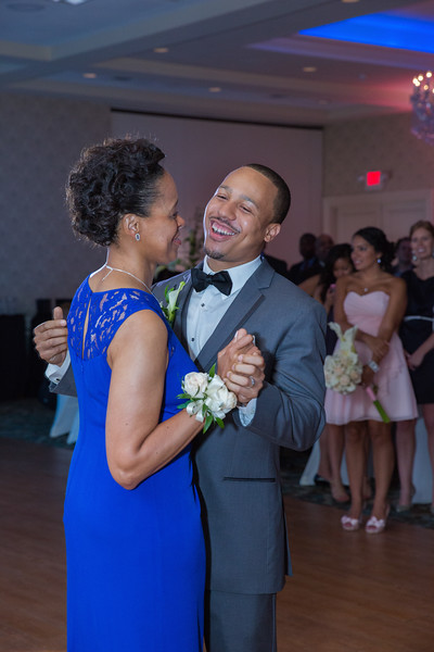 113_speeches_ReadyToGoPRODUCTIONS.com_New York_New Jersey_Wedding_Photographer_J+P (811).jpg