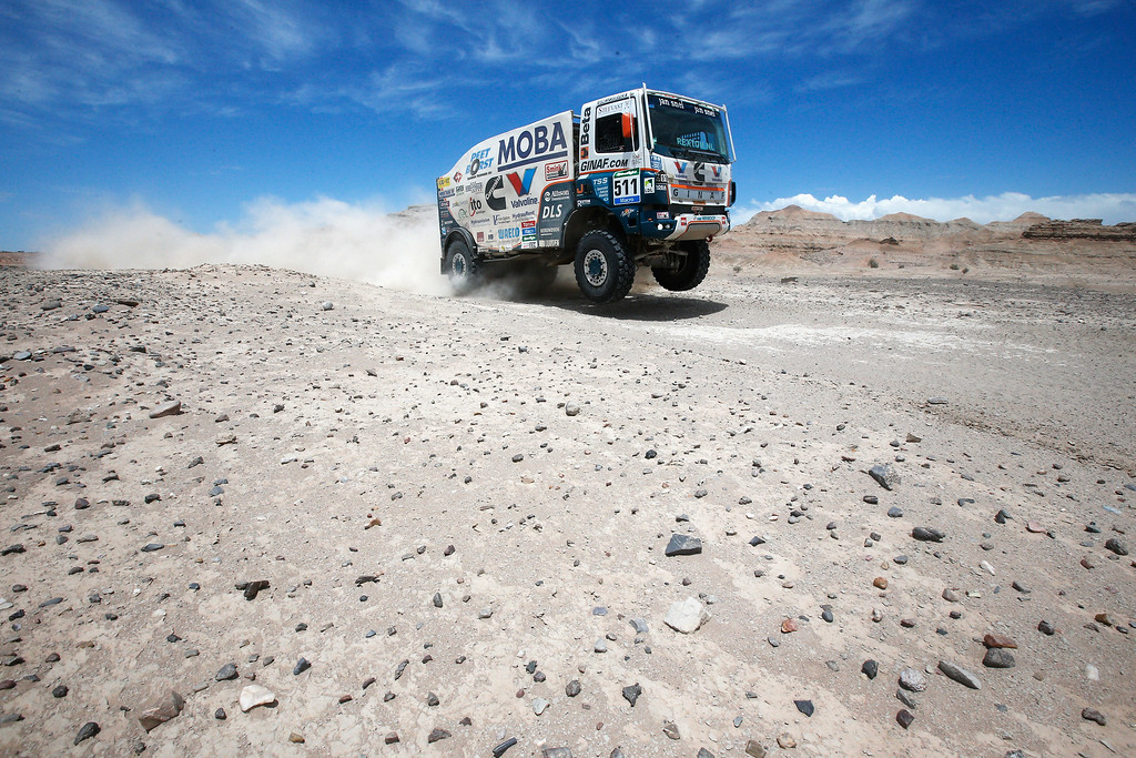 . TALACASTO, ARGENTINA - JANUARY 06:  #511 Wulfert Van Ginkel, Hugo Kupper and Bert Van Donkelaar of the Netherlands for the X2222 GINAF Rally Service compete during day 3 of the Dakar Rallly on January 6, 2015 between San Juan to Chilecito, near the town of Talacasto, Argentina.  (Photo by Dean Mouhtaropoulos/Getty Images)