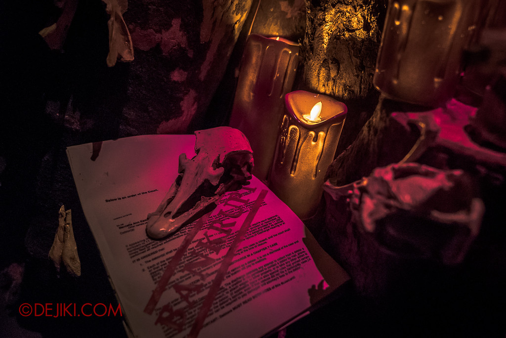 Halloween Horror Nights 7 - HEX haunted house / Bankruptcy wish for zombies