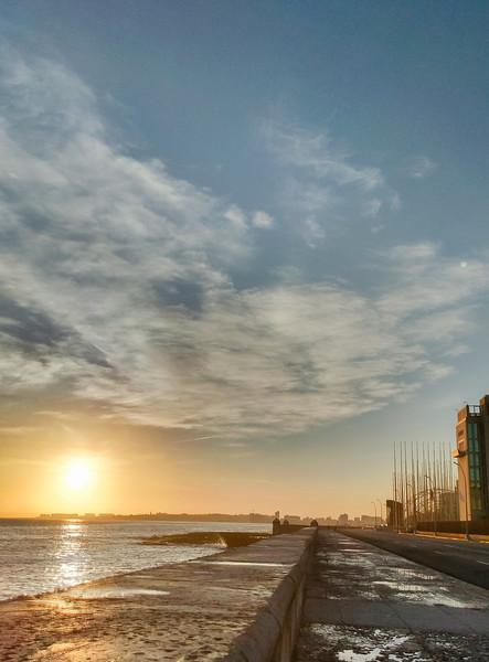 havana sunrise malecon.jpg