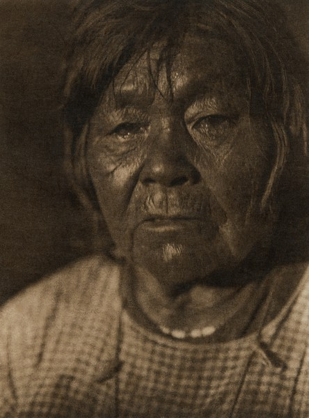 A Wailaki woman (The North American Indian, v. XIV. Norwood, MA, The Plimpton Press, 1924)