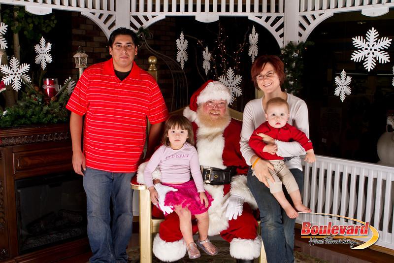 Santa Dec 15-260.jpg