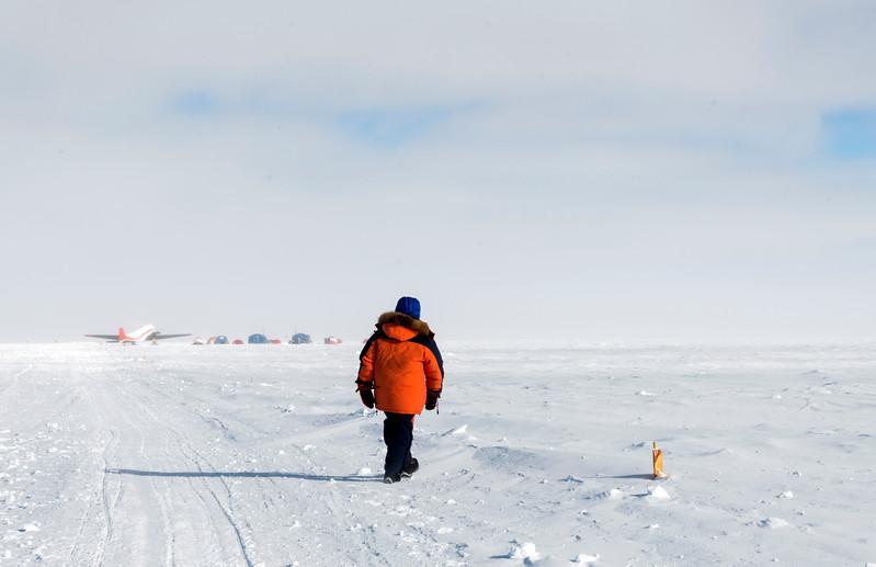 South Pole -1-4-18076101.jpg