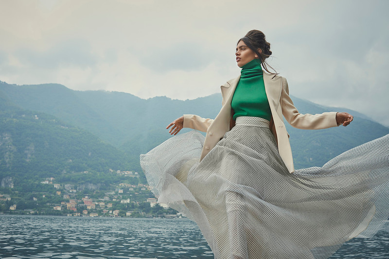 Creative-space-artists-hair-stylist-photo-agency-nyc-beauty-editorial-wardrobe-stylist-campaign-Natalie-read-180521-D&G-Lake-Como-AWEditorial_Shot4_060.jpg