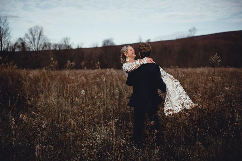 Requiem Images - Luxury Boho Winter Mountain Intimate Wedding - Seven Springs - Laurel Highlands - Blake Holly -914.jpg