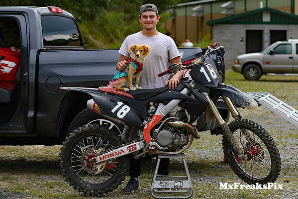 Mxgraphics Ride Day at Switchback MX 9/7/18 gallery 1of2