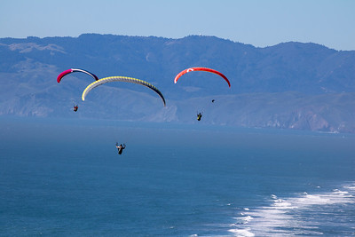 Paragliders of Daly City