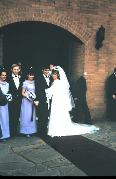 1970-9  (6) Graham & Lesley Ulrick wedding.JPG