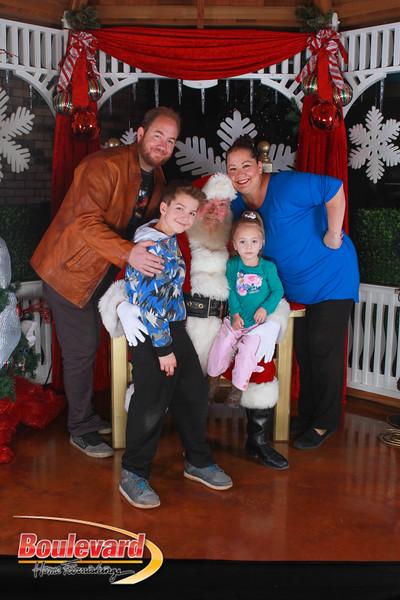 Santa 12-17-16-494.jpg