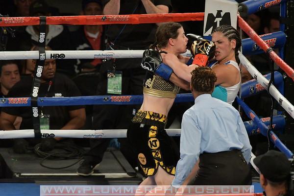 Katie Taylor Defeats Victoria Bustos