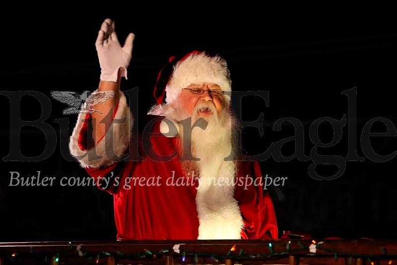 Santa waves to the crowd. Seb Foltz/Butler Eagle