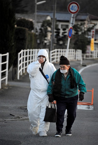 JapanEarthquake2011-77.jpg