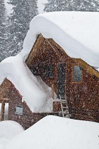 Mistaya Lodge 2012