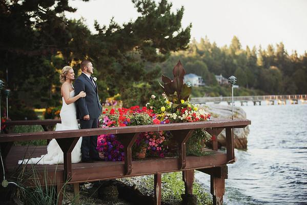 zach & laura // kiana lodge wedding