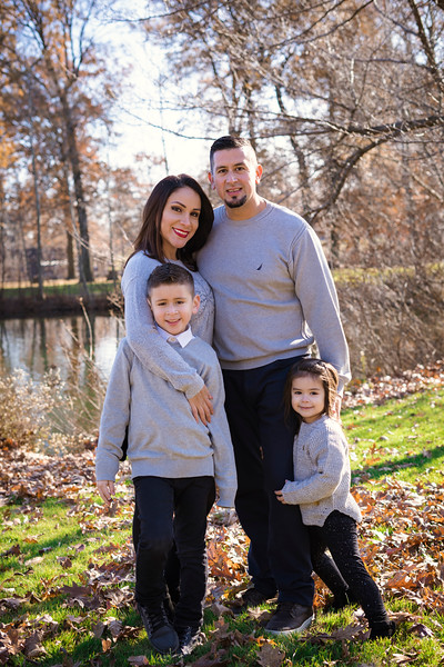 Brenda-Family-Christmas (42 of 46).jpg