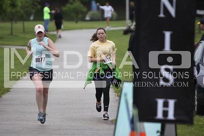 2013 10 Miler Finish Line 3