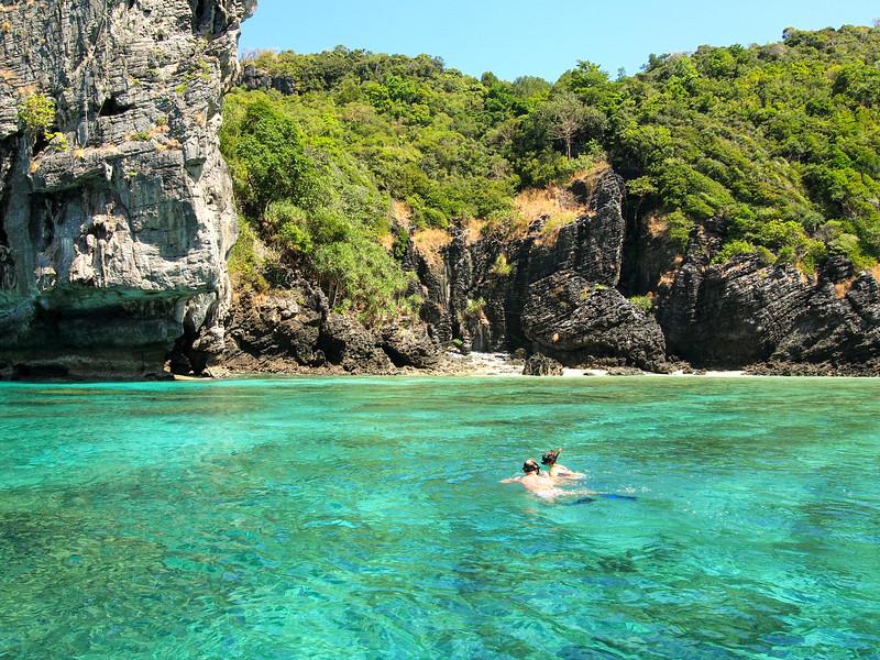 Snorkeling Pileh Bay in Thailand