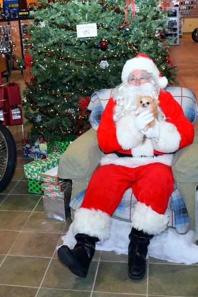 2014 Santa Visits J&P Cycles Florida Superstore (65).JPG