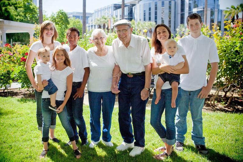 20120603_RichardA Family-602-Edit.jpg