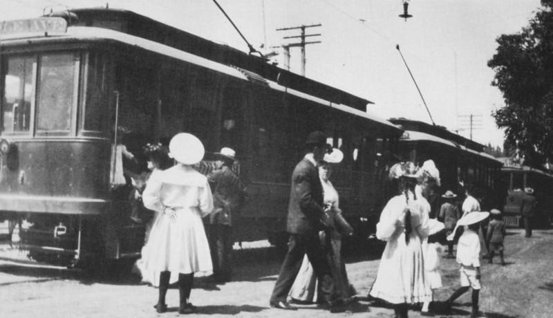 1906-OnTheRailsOfLosAngeles039.jpg