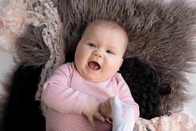 Emma {5 Months}