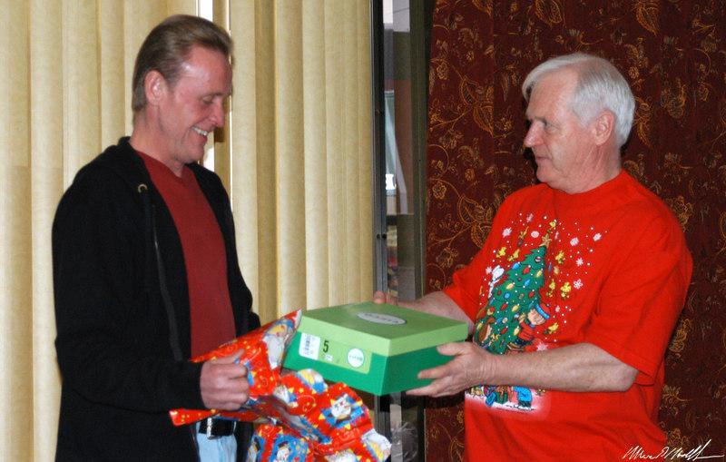 2006-12-12 Christmas Party079.JPG