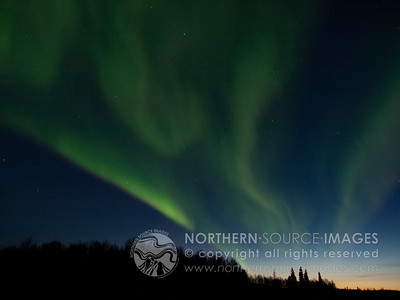 2010-04-05  Aurora Storms over North Pole at Sunset