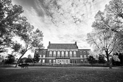 UMaine Fogler Library