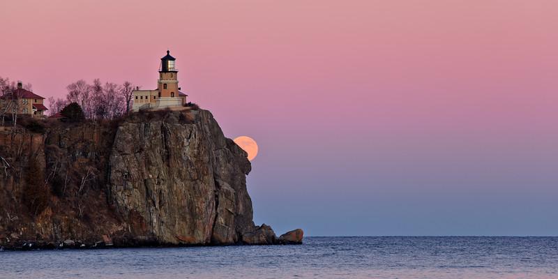 Cliffside Moonrise