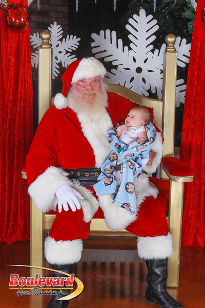 Santa 12-10-16-403.jpg