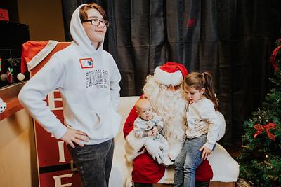 2018 Kids at Heart Holiday Party Santa Photos