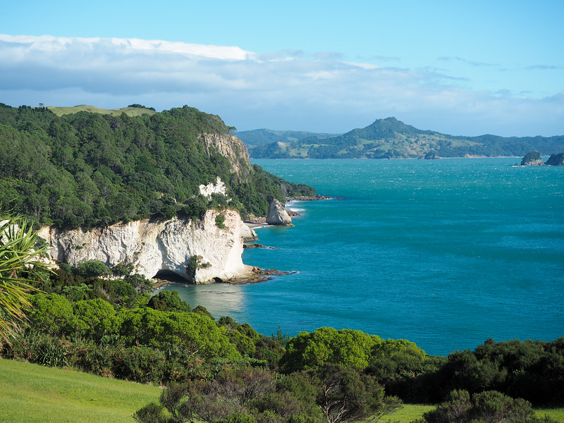 Cathedral Cove hike