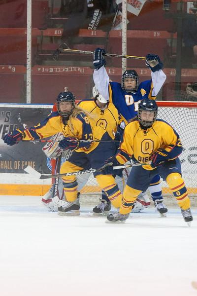 20130310 QWHockeyvsUBC 445.jpg