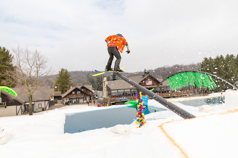 Pool-Party-Jam-2015_Snow-Trails-837.jpg