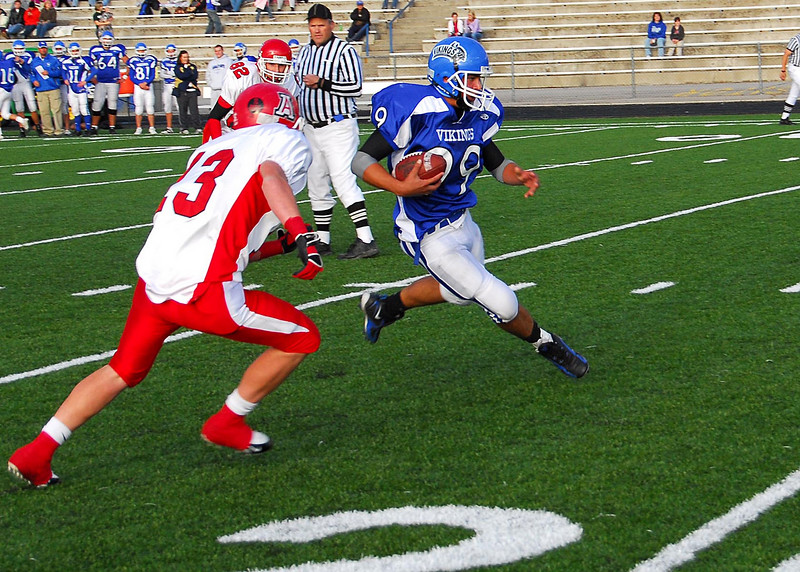 10/18/07 – This is Sean in his JV game against American Fork. Sean had just caught a long pass and ran it almost 30 yards before being tackled at the one-yard line. The next play they scored. PG won the game easily.
