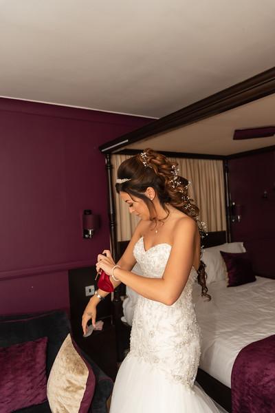 01 Bridal Prep-125.jpg