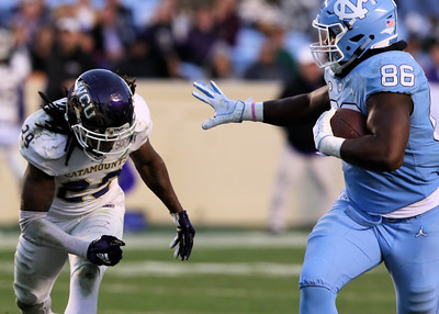 Carolina Tar Heels vs Western Carolina Catamounts Football Photos - 11.17.18