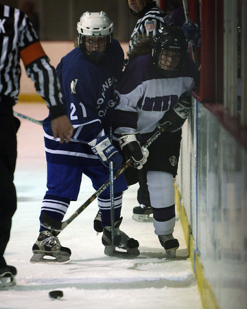 Amherst College vs Conn College NCAA Womens Ice Hockey 2004