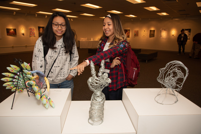 Student art exhibit-4407.jpg