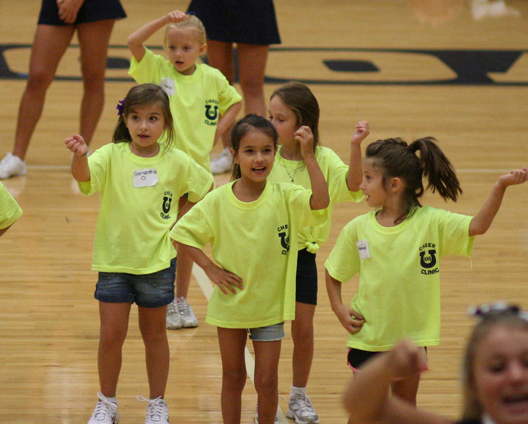 KHS Cheer Clinic 095.JPG