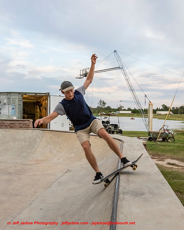 Funin' skate & wake board