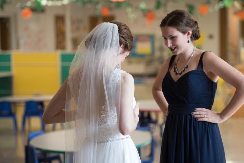 Drew and Taylor - Before the Ceremony  (172 of 216).jpg