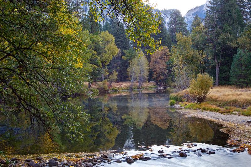 YOS-191029-0005 Merced River in Fall Colors