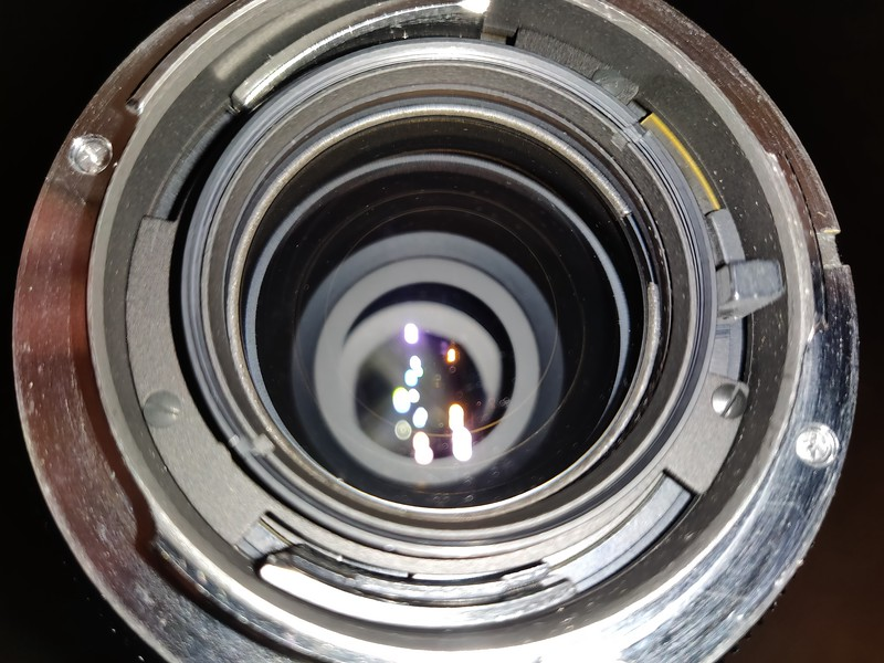 Leica R 70mm–210mm 4 Vario-Elmar-R - Serial 3275608 014.jpg