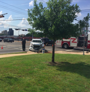 ambulance-involved-wreck-in-tyler-injuries-reported