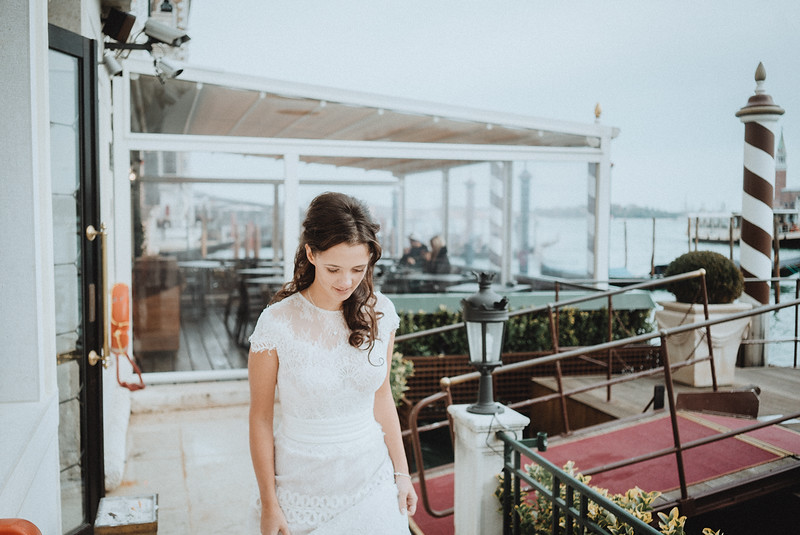 Tu-Nguyen-Destination-Wedding-Photographer-Elopement-Venice-Italy-Europe-w13.jpg