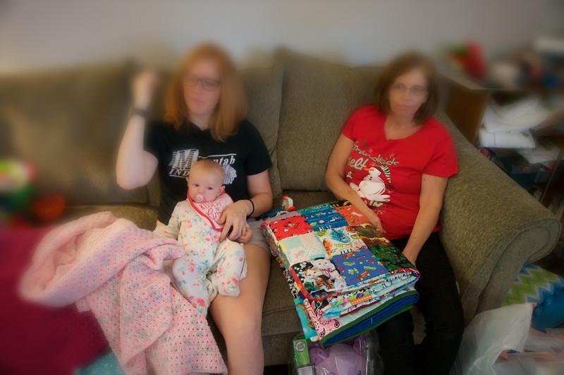 2016_FAMILY CHRISTMAS_ 133.jpg