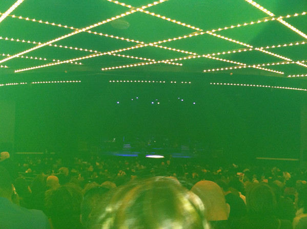 Raphael <font color=yellow><b>Te Llevo En El Corazon TOUR VIDEOS</b></font> at Madison Square Garden April 2011