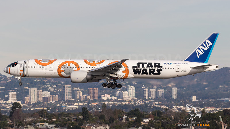 ANA - All Nippon Airways Boeing B777-300 JA789A - Star Wars livery