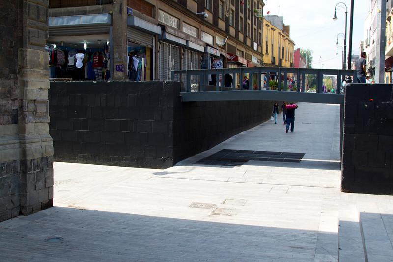 Sunken plaza near Santisima Trinidad church. Subsidence?